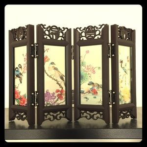 NIB Traditional Chinese Screen Decor